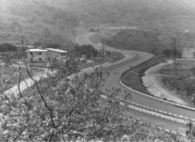 © Franco Zecchin  Le curve dell'autostrada Palermo - Punta Raisi per risparmiare i terreni dei mafiosi